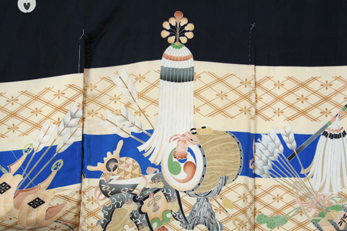 Japan. Boy's kimono [back detail]. 1926-1989. Plain weave; Resist dyed, paste resist (katazome); Painted (on fabric); Printed, stenciled. Silk. Henry Art Gallery, gift of Susan Tehon, 2012.3-27.